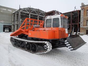 Гусеничный трелевочный трактор МСН-10