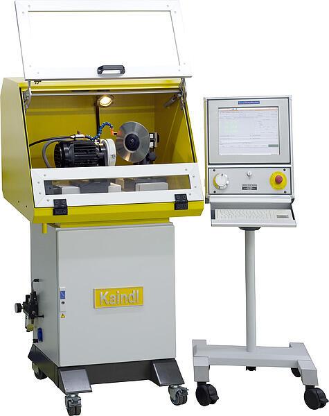 Универсальный заточной станок с ЧПУ RMS-CNC производства компании Kaindl (Германия)