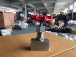 Продаю игольчатый клапан нержавеющий 15нж54бк муфтовый Ру 16,0МПа