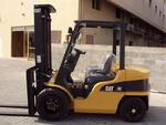 Вилочный дизельный погрузчик CAT DP30NT, 3000 кг