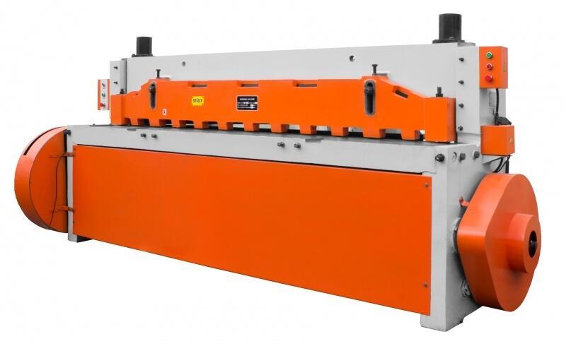 ВОССТАНОВЛЕННАЯ Гильотина электромеханическая Stalex Q11 6x2500