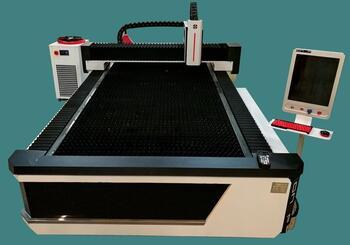 LTT-3015C-1000 оптоволоконный лазерный станок для резки металла