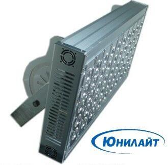 Мощный светодиодный прожектор серии  LS- FLN300-hi, IP66, со светоотдачей 130Лм/Вт