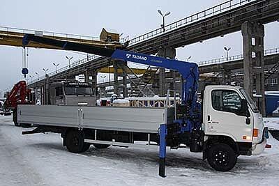 Hyundai HD-78 с КМУ Tadano
