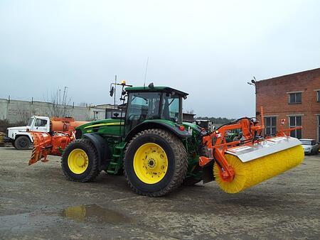 Задняя щетка для трактора серии АМ 300 OSВ