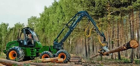 Машина лесопромышленного комплекса Харвестер АМКОДОР 2551