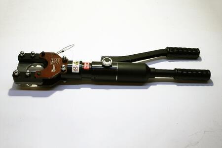 Ножницы гидравлические и аккумуляторные для резки проводов со стальным сердечником, стальных канатов и бронированного кабеля НГР-53 (™КВТ)