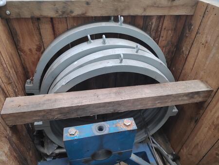 Siemens SGT-300 gas turbine engine repair