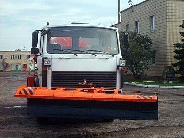 Отвал городской передний цилиндрический на МАЗ-КАМАЗ