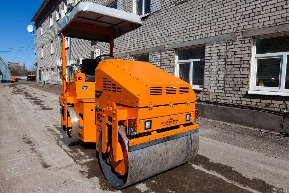 Каток тротуарный двухвальцовый DM-03-VD
