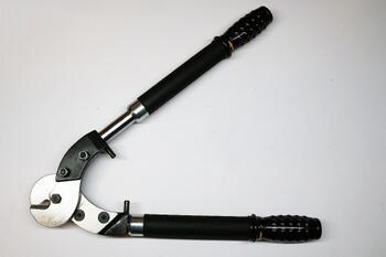 Тросорезы ручные и гидравлические для резки стальных тросов ТР-12т (™КВТ)