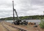 Железнодорожные войска ВВО получили универсальные сваебойные агрегаты