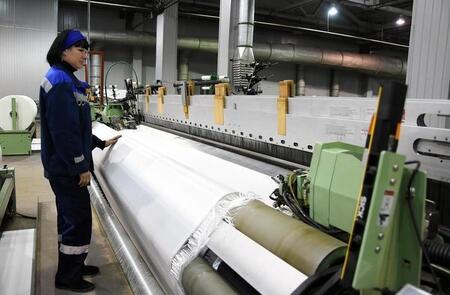 «Ямал СПГ» произвел первую партию газа на третьей линии завода