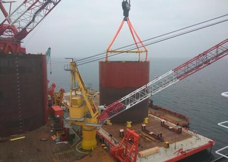 В Калининградской области завершилось строительство плавучего терминала СПГ