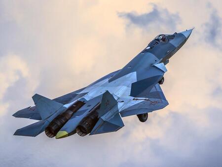 Испытания истребителей Су-57 и МиГ-35 завершатся уже в этом году
