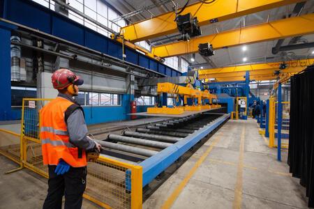Завод «Пейкко» наращивает мощности с помощью кранов Konecranes