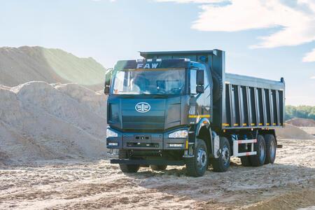 В России открылись три новых дилерских центра грузовиков FAW