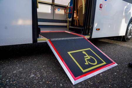 «Группа ГАЗ» поставила в Сочи автобусы, адаптированные для маломобильных пассажиров