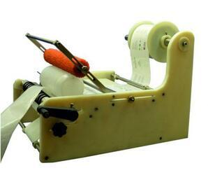 Ручной этикетировщик на круглую тару с широкой этикеткой АЭ-3 Плюс для малых производств