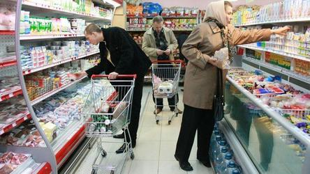 Более 50% россиян назвали рост цен самой острой проблемой