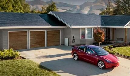 Tesla готова к выпуску доступной крыши из солнечных панелей