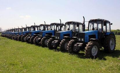 С начала года регионы России приобрели более 12 тысяч тракторов и комбайнов.