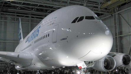 Airbus выпустит самолет без вредных выбросов