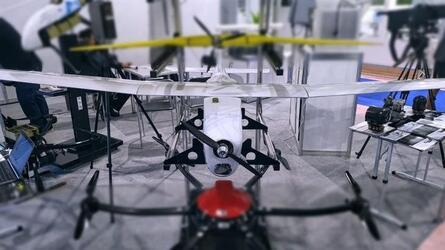Компания «ТАИП» представила новый легкий беспилотник наблюдения и разведки «Феникс»