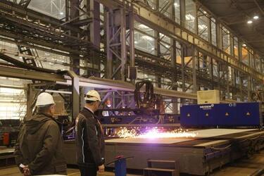 Судоверфь «Звезда» приступила к строительству первого танкера-челнока