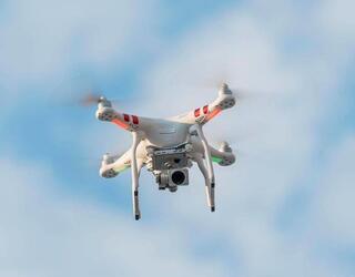 Росгвардия получила машины связи, оснащенные дронами