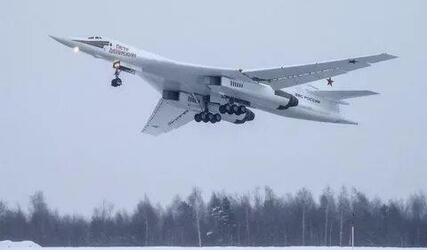 Ракетоносец Ту-160М получил новое радиоэлектронное оборудование