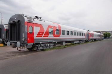 Тверской вагоностроительный завод отправил 50 некупейных вагонов для российских регионов