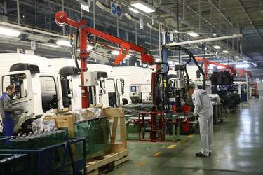 """Модернизированный конвейер сборки кабин позволит """"КАМАЗу"""" ускорить сборку автомобилей"""
