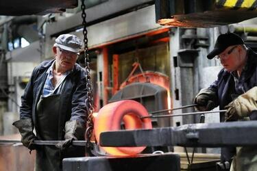 В кузнечно-термическом цехе Cевмаша продолжается масштабная модернизация