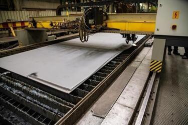 На СЗ «Севмаш» начата резка металла для шельфовой буровой платформы «Каменномысское-море»