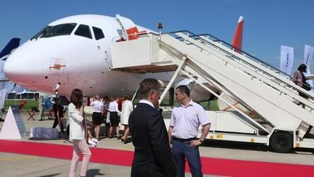 Ростех разработает новые системы для самолета SSJ-New