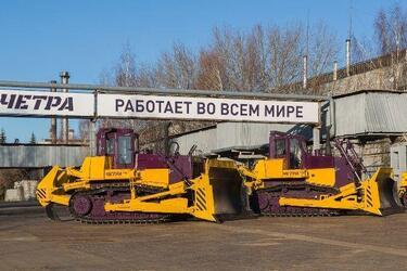 С начала года с конвейера Промтрактора сошло свыше 370 тракторов