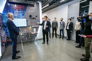 Мэр Москвы познакомился с инновационными разработками компании EKF