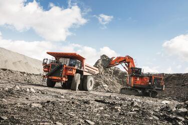 Hitachi разработала систему ConSite Mine для более эффективного  управления парком горной техники