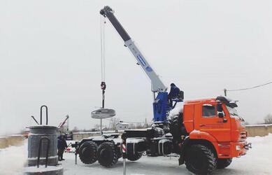 «Галичский автокрановый завод» выпустил новый кран-манипулятор на шасси КАМАЗ