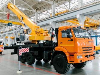 Ивановский машиностроительный завод представил новый автокран на шасси КАМАЗ