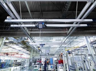 Demag выводит на рынок ряд новых компонентов для легких крановых систем KBK