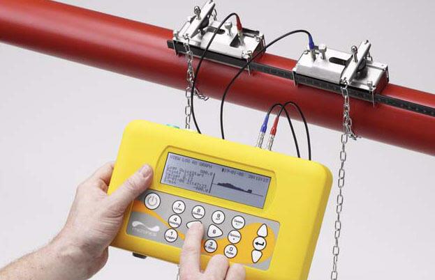 Портативный ультразвуковой расходомер жидкости PORTAFLOW 330