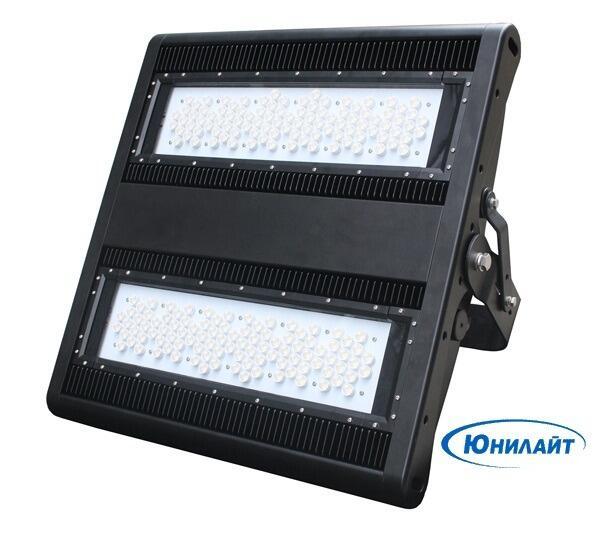 Мощный  прожектор VFL-390А ( 390 Вт )