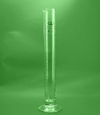 Цилиндр мерный на стеклянной подставке 100 мл.