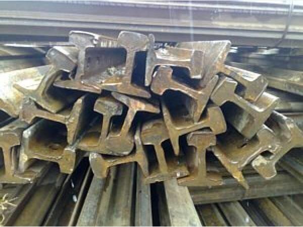 Рельс Р65Т старогодний 1,2 группы износа длиной 12,5 метров с отверстиями