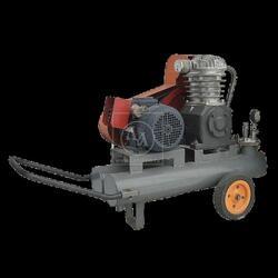 Аренда, прокат пневматического компрессора (0.6 мПа, 380 В) СО-7Б (Латвия)