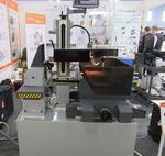 Проволочно-вырезной станок многопроходный электроэрозионный ДK7730-МЕ12. В наличии на складе в Москве.