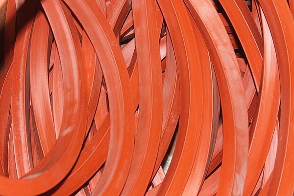 Трансформаторные пластины и шнуры из фторсилоксановых резин