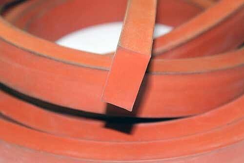 Уплотнительный шнур 16х30 мм из фторсиликоновой резины СП-ФС-82 для масляных трансформаторов